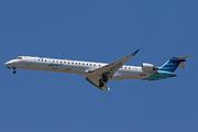 CRJ-1000 NextGen (PK-GRQ)