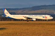 Airbus A321-211 (VQ-BKH)