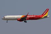 Airbus A321-211/WL (VN-A687)