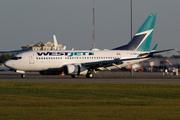 Boeing 737-7CT/WL (C-GWJT)