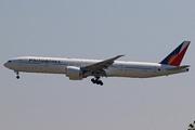 Boeing 777-3F6/ER (RP-C7773)