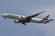 Boeing 777-31H/ER (A6-EGA)