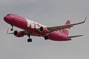 Airbus 321-211/WL (TF-JOY)