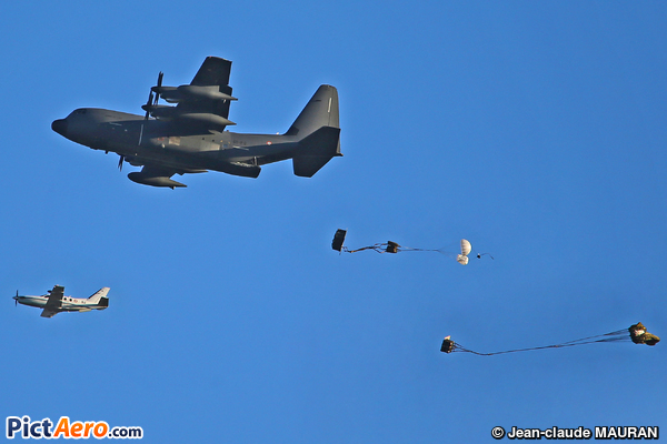 Lockheed C-130J-30 Hercules (France - Air Force)