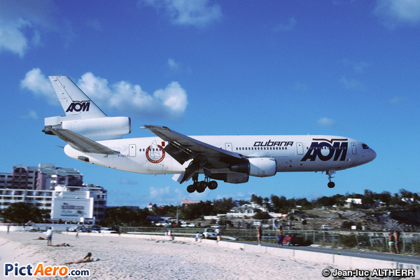 McDonnell Douglas DC-10-30 (AOM French Airlines)