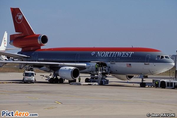 McDonnell Douglas DC-10-30 (Northwest Airlines)