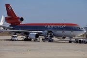 McDonnell Douglas DC-10-30 (N244NW)