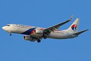 Boeing 737-8H6/WL (9M-MXK)