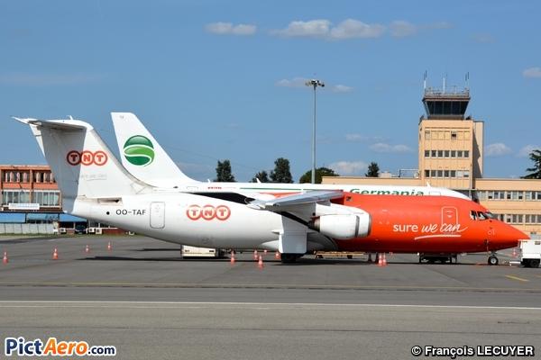 British Aerospace Bae-146-300QT Quiet Trader (TNT Airways)