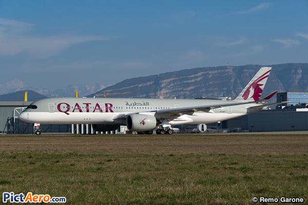 Airbus A350-941 (Qatar Airways)