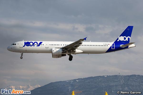Airbus A321-212 (Joon)