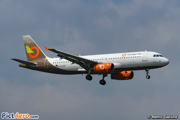 Airbus A320-232 (Orange2fly)