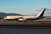 Boeing 767-2DX/ER - P4-CLA