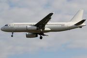 Airbus A320-232 (A6-EIC)