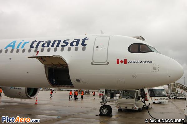 Airbus A321-271NX (Air Transat)