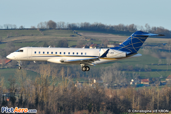 Bombardier BD-700-1A10 Global 6000 (DC Aviation (Malta))