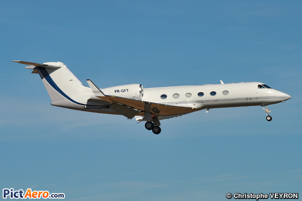 Gulfstream Aerospace G-IV-X Gulfstream G450 (Privé/Private)