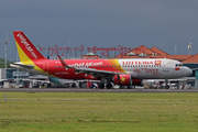 Airbus A320-214/WL (VN-A678)