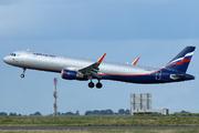 Airbus A321-211/WL