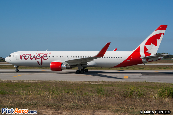 Boeing 767-33A/ER (Air Canada Rouge)