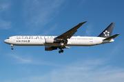 Boeing 767-424/ER (N76055)
