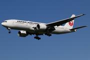 Boeing 777-246/ER (JA711J)