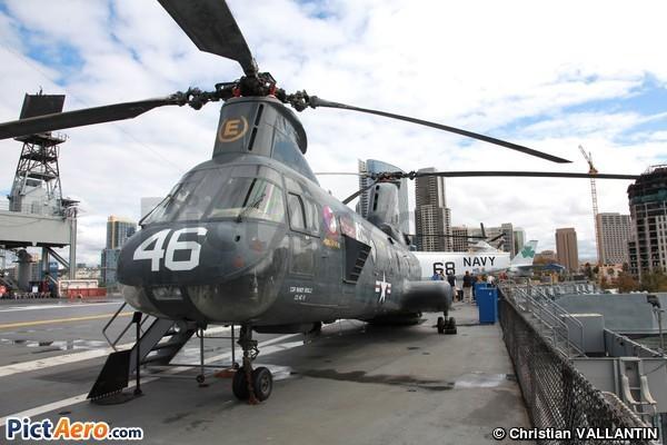 Boeing Vertol HH-46D Seaknight (USS Midway Museum)
