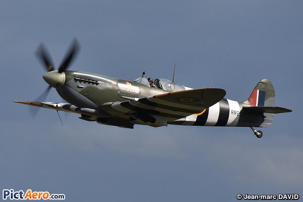 Supermarine 361 Spitfire Mk9 (Boultbee Flight Academy)