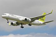 Boeing 757-256 (YL-BDB)