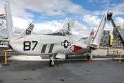 GrummanF9F-8P Cougar (141702)