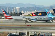 Boeing 777-223/ER (N772AN)