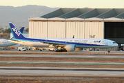 Boeing 777-381/ER (JA779A)