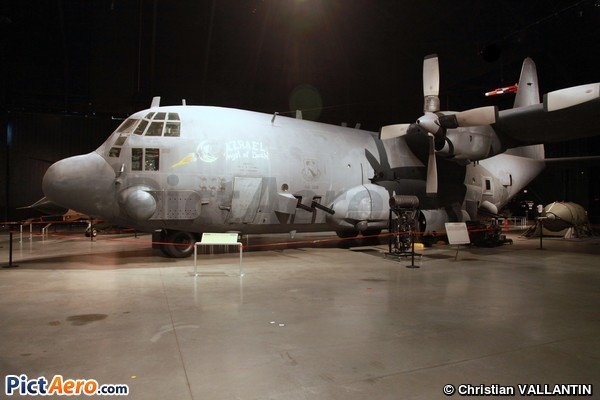 Lockheed C-130A-LM Spectre (National Museum of the USAF)