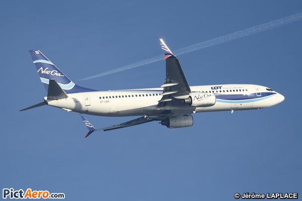Boeing 737-8Q8/WL (LOT Polish Airlines)