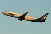 Boeing 737-990/ER (N284AK)