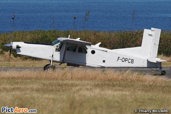 Pilatus PC-6/B2-H4 (Para-club de Bourbon-CEP de la Réunion)