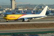 Boeing 767-383ER/BDSF (N220CY)