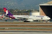 Airbus A330-243 (N381HA)
