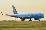 Boeing 757-204/WL (F-HCIE)