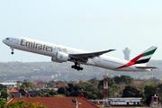 Boeing 777-31H/ER (A6-EGF)
