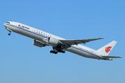 Boeing 777-39L/ER (B-2046)