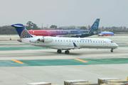 Canadair CL-600-2C10 Regional Jet CRJ-701ER  (N795SK)