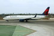 Boeing 737-832/WL (N3733Z)