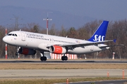 Airbus A320-232 (OY-KAT)