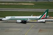 Embraer ERJ-190-100 STD (EI-RNE)