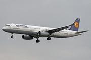 Airbus A321-131 (D-AIRM)