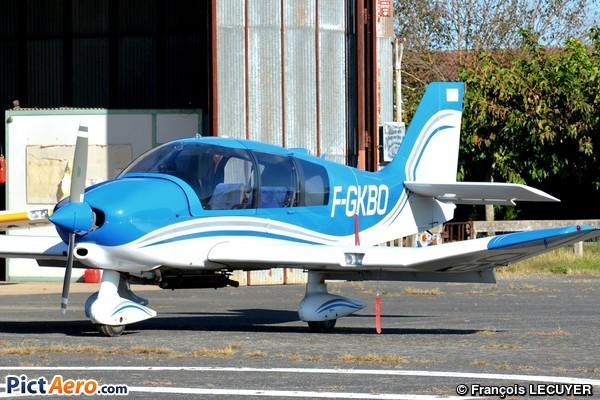 Robin DR-400-140B (Aéroclub des Electriciens et Gaziers de la CMCAS de Toulouse)