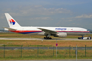 Boeing 777-2H6/ER (9M-MRM)