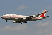 Boeing 747-4B5 (VT-AIC)