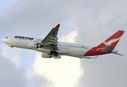 Airbus A330-202 (VH-EBC)